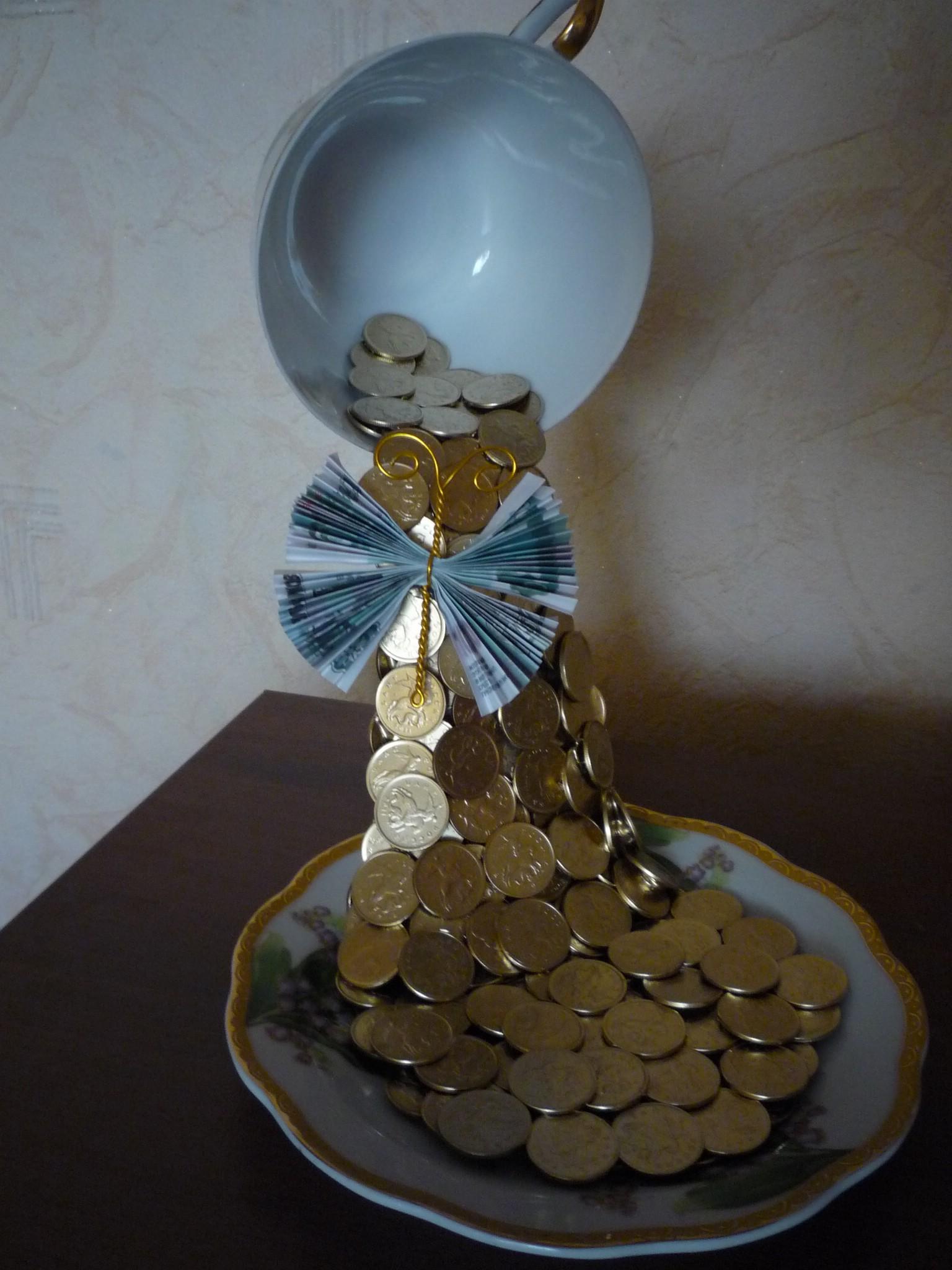 Маленькая чашка-проливашка или парящая-чашка с монетами «Талисман ...