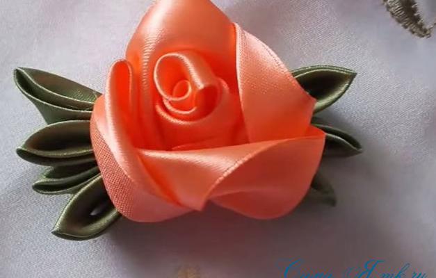 Цветы своими руками из лент розы