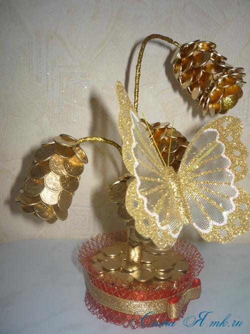 Золотой топиарий из монет - цветок с бутоном