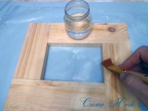 декупаж деревянной рамки для фото 3