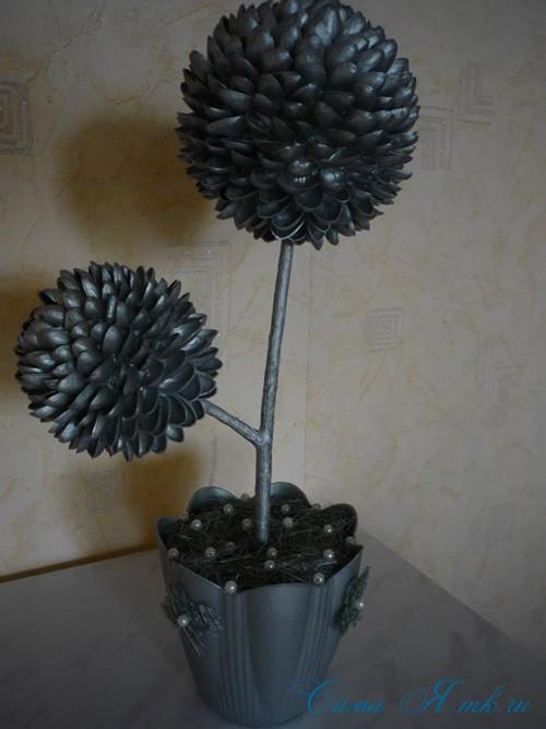дерево из фисташек2