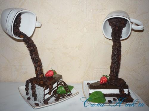 чашка проливашка с кофе и тортиком 26