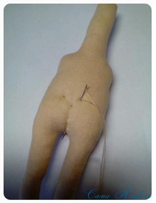 как сформировать тело текстильной интерьерной авторской куклы 11