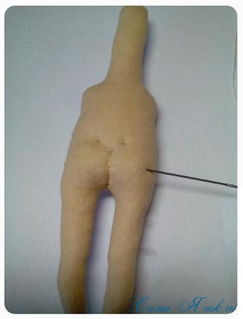 как сформировать тело текстильной интерьерной авторской куклы 12