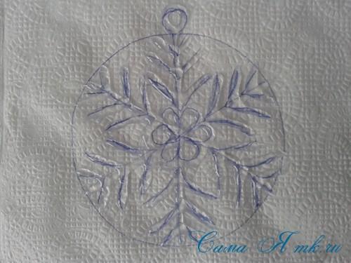 снежинки новогодние украшения из горячего клея с помощью клеевого пистолета 10 (Copy)