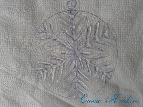 снежинки новогодние украшения из горячего клея с помощью клеевого пистолета 9 (Copy)