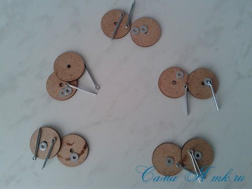 Шплинтовое крепление деталей игрушки работа со шплинтами, качающееся крепление 1 (Copy)