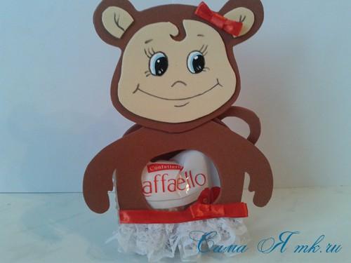 обезьянка из фоамирана с конфеткой 13 (Copy)