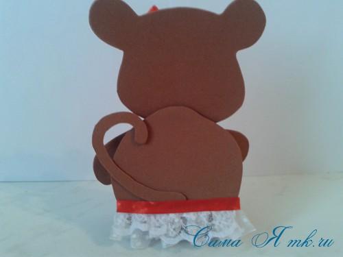 обезьянка из фоамирана с конфеткой 15 (Copy)