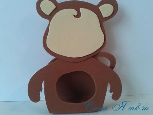 обезьянка из фоамирана с конфеткой 8 (Copy)