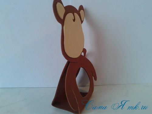 обезьянка из фоамирана с конфеткой 9 (Copy)