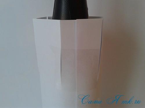 елка из бутылки шампанского и лент 3