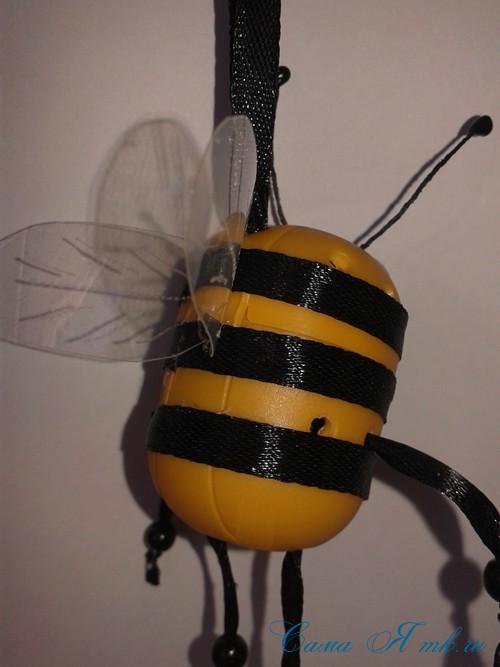оригинальный контейнер с чесноком для ребенка пчелка из киндер сюрприза 18