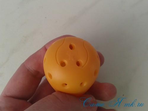 оригинальный контейнер с чесноком для ребенка пчелка из киндер сюрприза 4