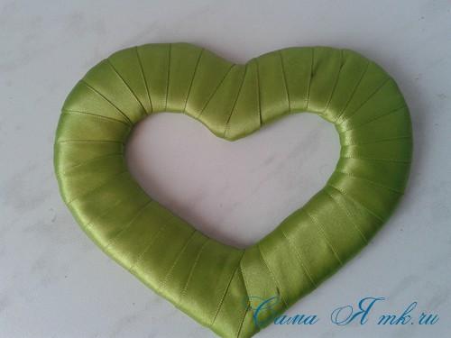 сердечки магниты к 14 февраля дню влюбленных из картона и лент своими руками 14