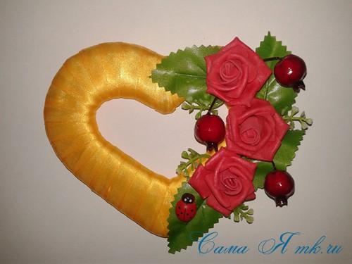 сердечки магниты к 14 февраля дню влюбленных из картона и лент своими руками 20