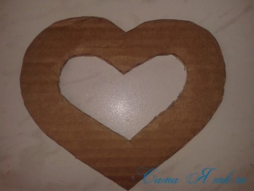 сердечки магниты к 14 февраля дню влюбленных из картона и лент своими руками 5
