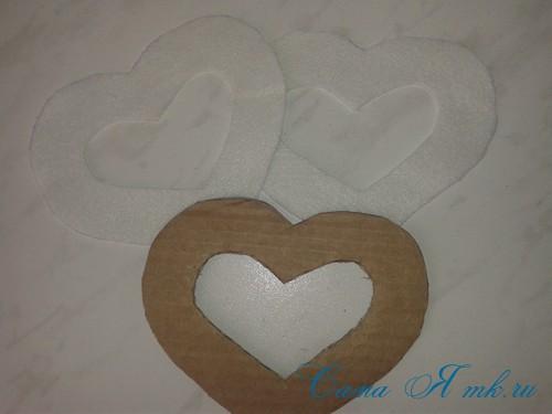 сердечки магниты к 14 февраля дню влюбленных из картона и лент своими руками 7