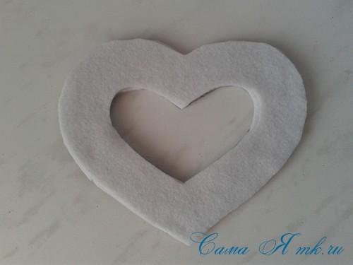 сердечки магниты к 14 февраля дню влюбленных из картона и лент своими руками 8