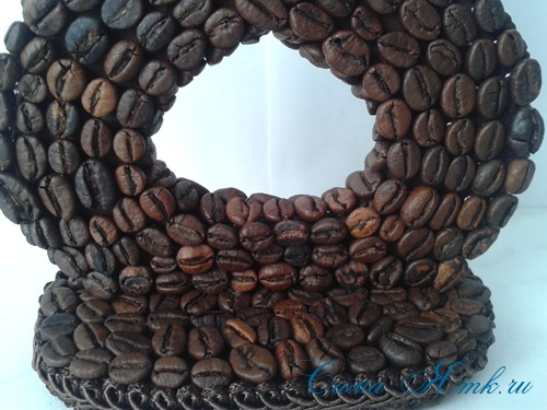Сувенир к 8 Марта восьмерка из кофейных зёрен 17