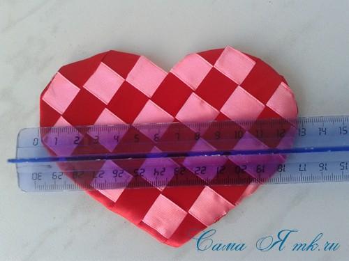 сердечки из атласных лент ко дню святого валентина своими руками 18