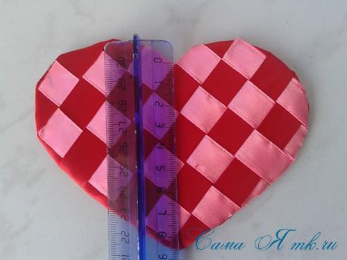 сердечки из атласных лент ко дню святого валентина своими руками 19