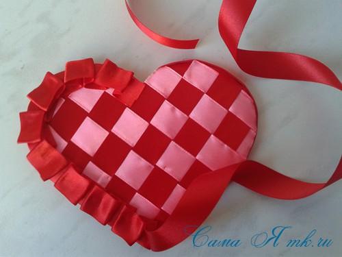 сердечки из атласных лент ко дню святого валентина своими руками 26