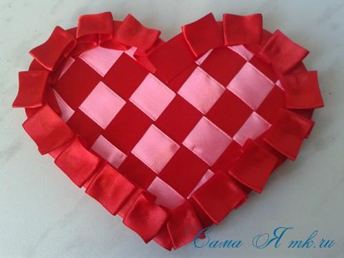 сердечки из атласных лент ко дню святого валентина своими руками 27