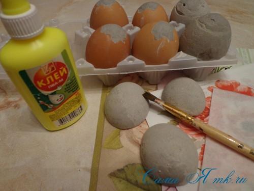 декупаж украшение пасхальных яиц вместе с детьми подручными материалами 21