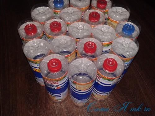 как сделать пуф из пластиковых бутылок 8