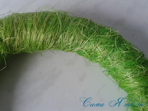 весенний пасхальный венок из сизаля и трубы для утепления труб термофлекса 11