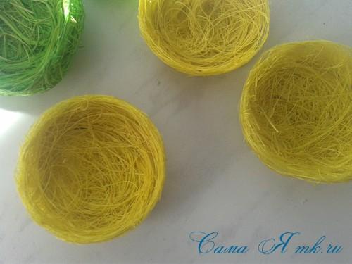 гнезда гнездышки магниты из волокна сизаля своими руками 9