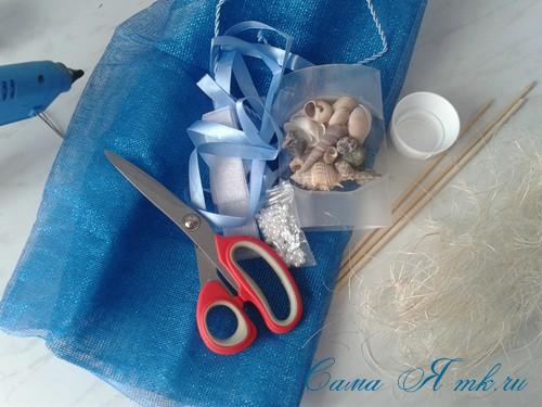 морской топиарий из флористической сетки и ракушек 1