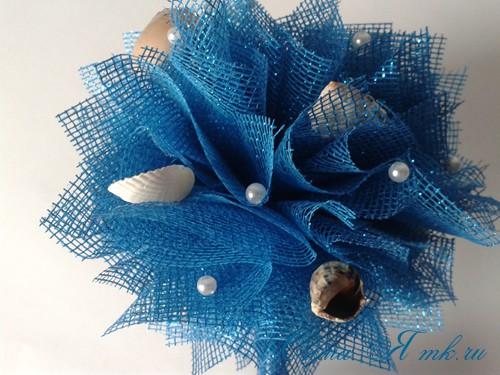 морской топиарий из флористической сетки и ракушек 22