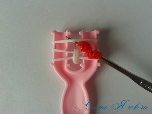 браслет из резинок на рогатке перекаты для начинающих 12