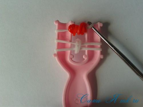 браслет из резинок на рогатке перекаты для начинающих 14