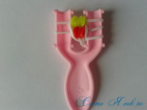 браслет из резинок на рогатке перекаты для начинающих 24