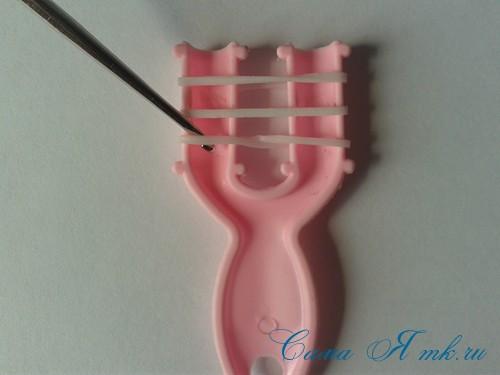 браслет из резинок на рогатке перекаты для начинающих 4