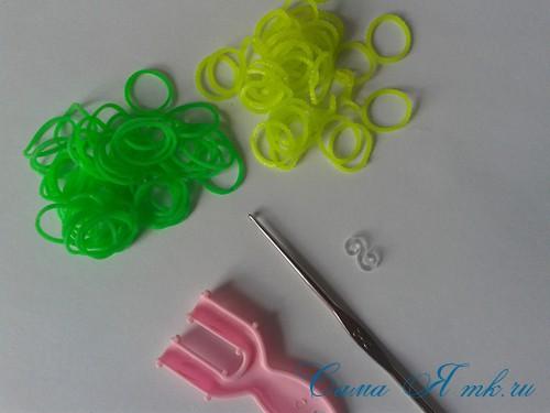 плетение браслета на рогатке французская коса схема мк для начинающих 1