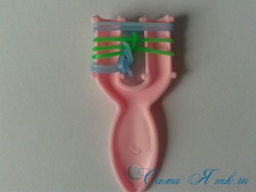 браслет из резиночек бок о бок плетение для начинающих на рогатке 12