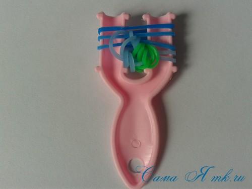 браслет из резиночек бок о бок плетение для начинающих на рогатке 19