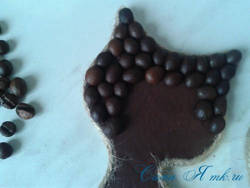 кофейный кот магнит на холодильник из кофейных зерен своими руками 24