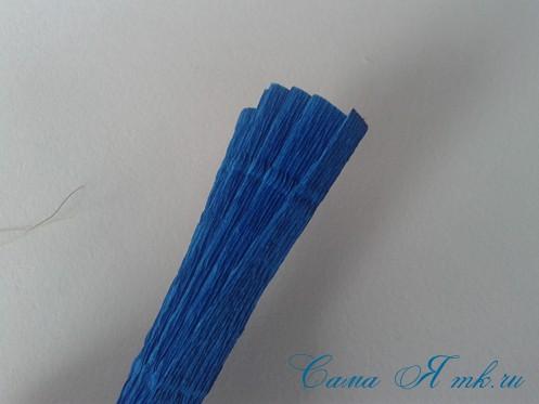 объемные ёлочки из гофрированной бумаги без конуса 3