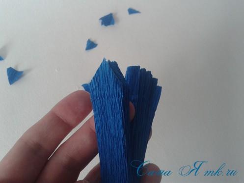 объемные ёлочки из гофрированной бумаги без конуса 7