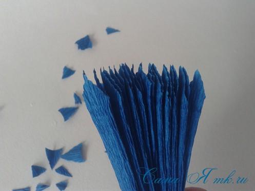 объемные ёлочки из гофрированной бумаги без конуса 8