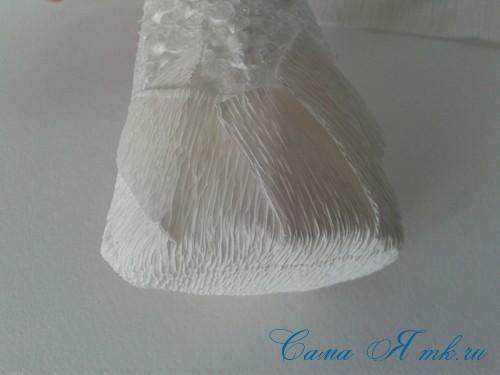 ёлки из гофро гофрированной бумаге своими руками на основе из конуса лепестками валанами торцевание 12