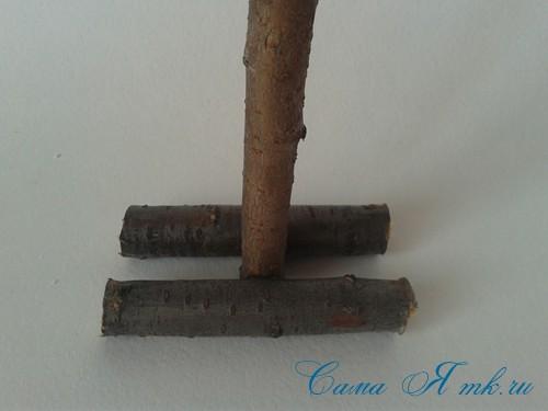 маленькая ёлка ёлочка из шишек своими руками мастер класс с фото 3