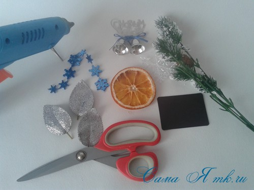 новогодний презент магнит на холодильник своими руками с долькой апельсина идеи с цитрусовыми в декоре 1