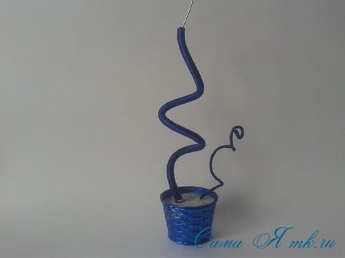 новогодний топиарий из сизаля белых шишек и шаров своими руками фото и мк 10