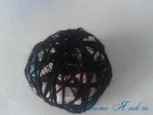 новогодний топиарий из сизаля белых шишек и шаров своими руками фото и мк 15